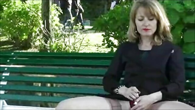 جوجه خجالتی با خالکوبی بکن بکن سکسی خارجی بر روی بدن او مناسب است برای رابطه جنسی مقعدی در استماع