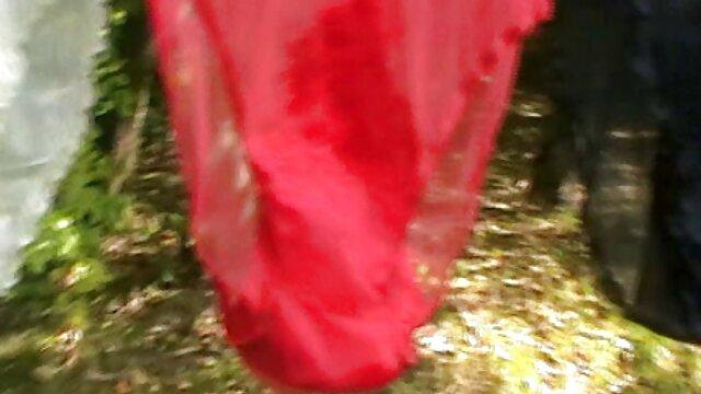 کون بزرگ رندی مور در زمان خاموش لباس صورتی او و سرطان بر روی نیمکت آبی فیلم سوپر بکنبکن