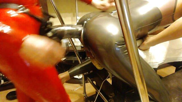 هندوها در صورتی peignoir پرتاب پستان فیلم بکن بکن باحال بزرگ, جلق زدن, انگشت, کیر مصنوعی