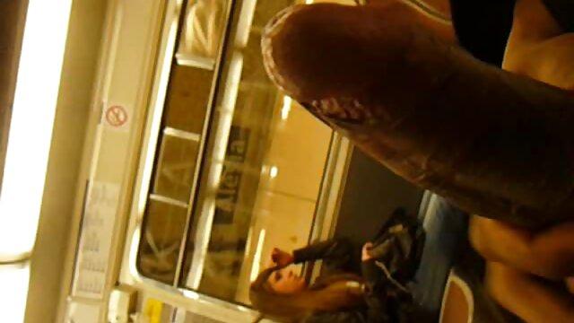 کنسول در آبی تی شرت همسر با یک مرد فیلم سوپرایرانی بکن بکن بر روی نیمکت