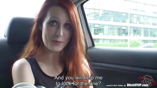 دختر روسی قرار دادن یک دیک بزرگ در الاغ ورزش ها با سرطان سکسیبکن