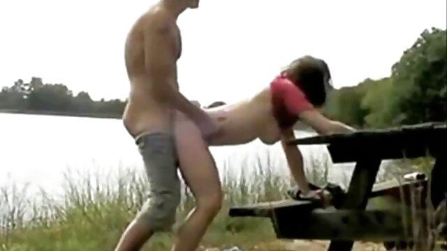 زیبایی در مقابل دوربین به فیلمهای بکن بکن سکسی آرامی نوازش مردان
