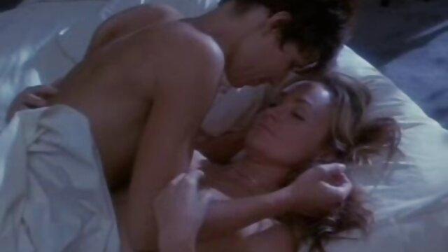 دیوانه, خدمتکار, فیلمهای بکن دوست دختر خواب خود را در صبح